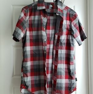NWOT The North Face Men's Shirt